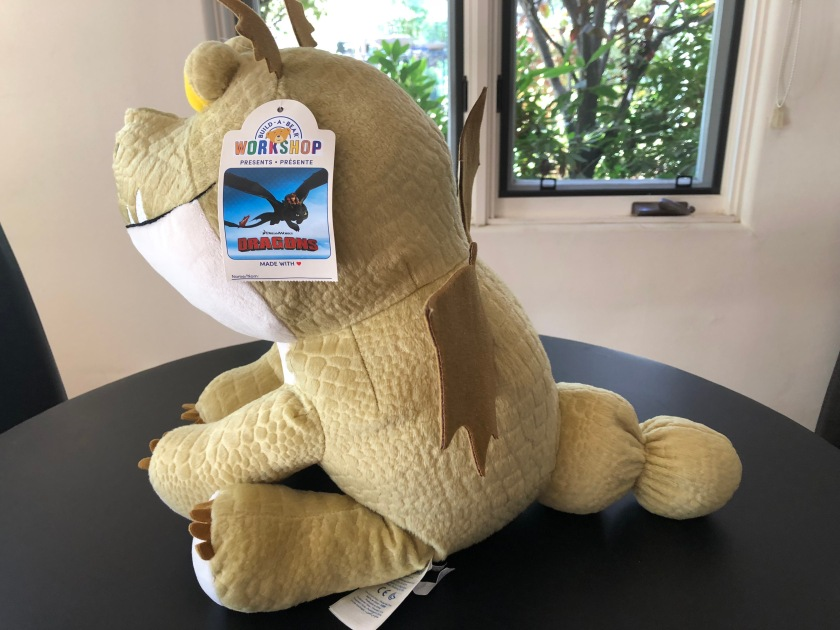 """A sideview of Meatlug from """"How to Train Your Dragon,"""" an online-exclusive from Build-a-Bear Workshop"""